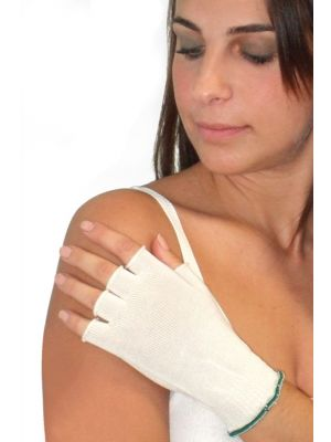 DermaSilk Adult Fingerless Gloves